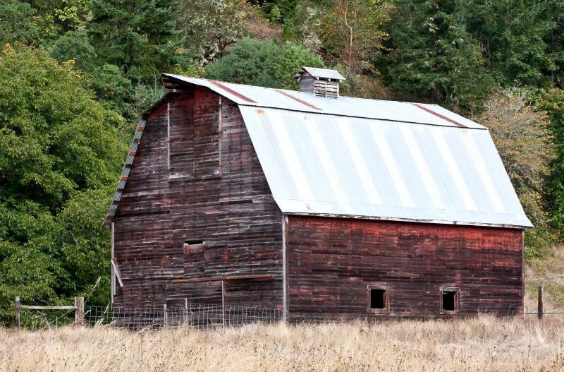 vintage-red-country-barn-1013tm-pic-1513.jpg